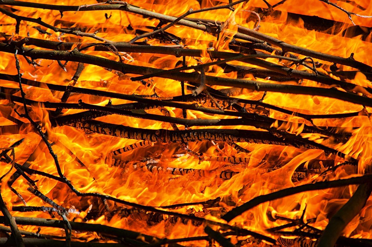 tmp_fire-1797890_1280966319230